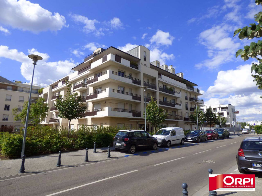 Immobilier carrieres sous poissy a louer locati for Immobilier atypique idf