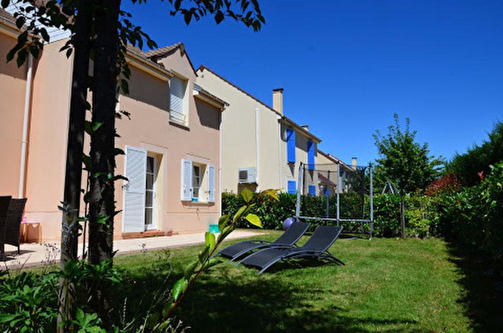 A vendre maison roissy en brie 130 m 419 000 for Garage ford roissy en brie