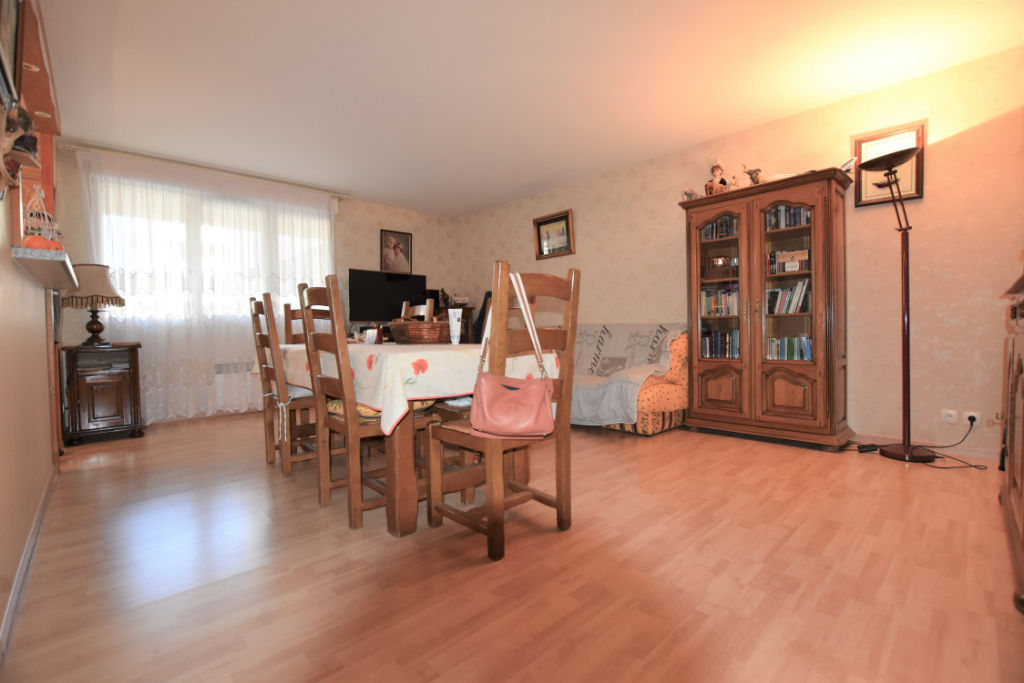 Appartement en vente à COMBS LA VILLE
