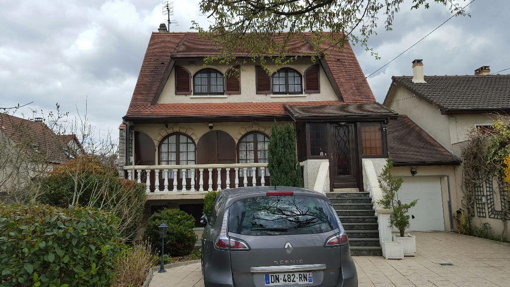A vendre maison tremblay en france 120 m 325 000 for Garage tremblay en france